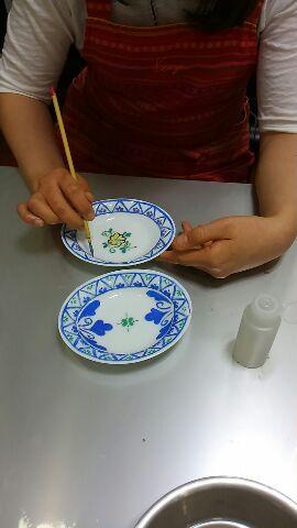 豆皿に絵付け体験